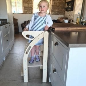 Thea on the Foldable kitchen helper