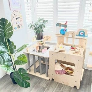 activity cube as oven and sensory table
