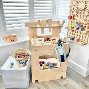 activity cube as tool station work bench